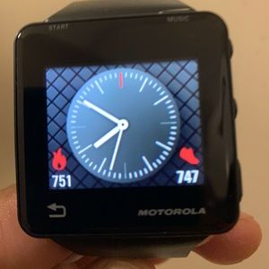 Motorola smart watch men's Bluetooth comparable